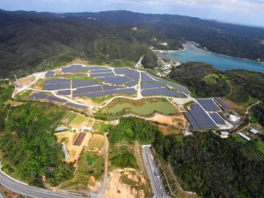 https___s3-ap-northeast-1.amazonaws.com_psh-ex-ftnikkei-3937bb4_images_1_7_9_7_57971-8-eng-GB_0602N-Okinawa-solar